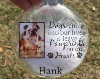Personalized dog photo ornament-pet memorial ornament-Ornament for pet lovers-custom dog ornament-customized Christmas ornament-paw-prints