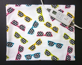 Heating Pad Cover ~ Electric Heating Pad Cover ~ Fits 12 x 15 ~ Polka Dot Sunglasses