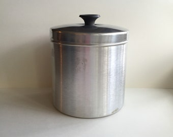 Vintage Aluminum Canister, Tin with Lid, Silver, Round, Farmhouse Kitchen, Storage Container, Retro, Midcentury, Repurpose, Organization