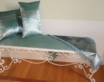 """Bench love seat stool collection """"Queen Mcleod"""""""