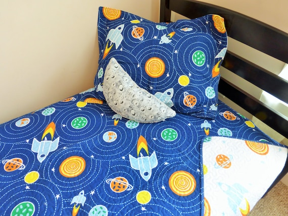 Space twin set space quilt space bedding space twin for Outer space quilt