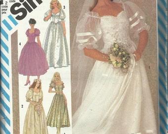 Vintage Sewing Pattern. Simplicity 6241. Wedding Dress pattern 1983. FF unused