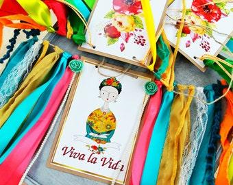 Colorful Frida banner,Viva la Vida banner,OOAK Photo prop banner,Art exhcibition decor,Gift for an artist,Frida Kahlo decor,Art student gift