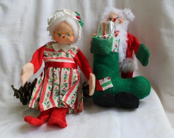 Mr and Mrs Claus, Santa Claus and Mrs Claus, Christmas Holiday Dolls 1960's