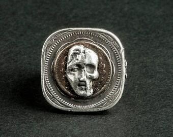 """Ring Double sided """"Vanity"""" (silver ring: half man half skull head)"""