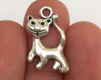 8 Cat Charms Antique Silver 13 x 21mm - SC505