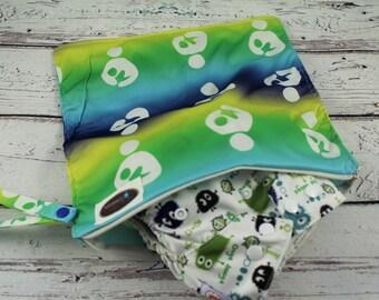 travel bag - everyday bag - wet bag -baby shower gift - diaper bag -nappy bag - cloth diaper wet bag -eco friendly -small wet bag - swim bag