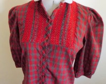 70s Red Plaid Blouse, Vintage 70s Smocked Top, Peter Pan Collar Shirt, Queen of Hearts, Christmas Blouse, 70s Plaid, Womens Vintage Clothing
