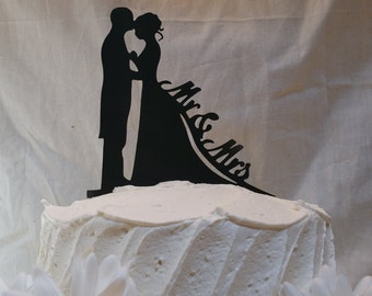 Bride And Groom Silhouette Mr And Mrs Acrylic Wedding Cake Topper | Classic Wedding