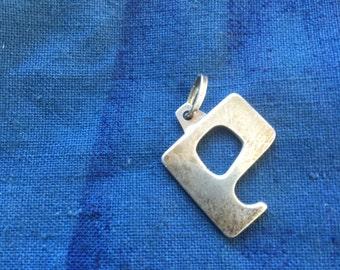 Stirling silver letter P pendant 2cm x 2cm vintage !