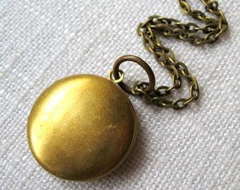 Small Round Brass Locket, Small Locket, Locket, Lockets, Brass Lockets, Necklaces with Long Chain, Antique Brass, Antique Brass Necklace