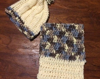 Slouch hat with matching scarf