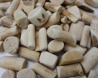 1kg Bag of Natural Drift Wood - Natural Craft - Seawashed driftwood - Wholesale Natural Craft Supplies
