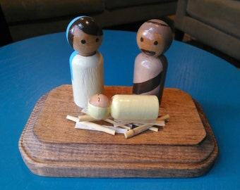 Hand painted wooden peg doll nativity set for Christmas
