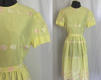 ON SALE Medium/large ** 1960s PALE Yellow embtoidered sun dress    ** vintage sixties floral cotton summer dress