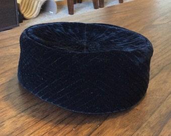1950s velvet hat