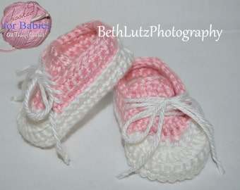 Newborn Crochet Baby Pattern, Baby Booties Pattern, Baby Boy Shoes, Converse Baby Pattern, Crochet Pattern for Baby. PDF Digital Download.