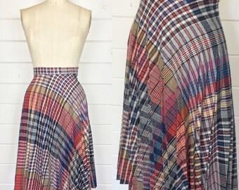 Vintage 1970s Rainbow Plaid Wool Skirt / Accordion Pleats / Knee Length / Fall