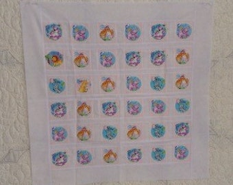 Baby qult top, patchwork quilt top, unfinished, new, ready to be quilted, ANIMALS