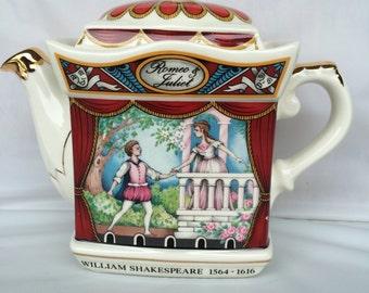 Vintage Sadler Teapot featuring Romeo and Juliet