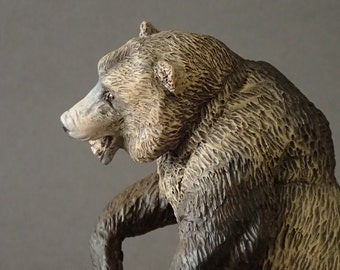 cave bear figure (ursus spelaeus) 1:20 scale/resine/hand painted/collector