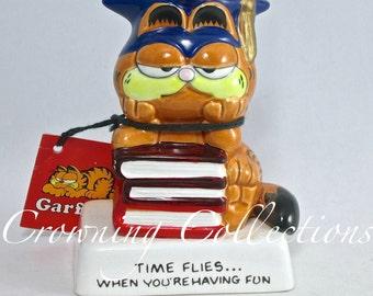 Enesco Garfield the Cat Time Flies when You're Having Fun Graduation Figurine Vintage 1981 1978