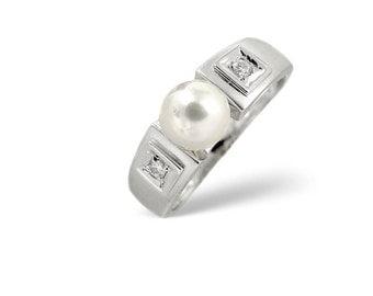 Pearl 2.20CT & Diamond 9K White Gold Ring