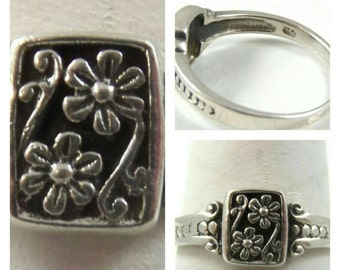 Flower  Etched Sterling Silver Ring/ size 7.25