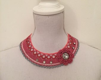 handmade pink flower necklace