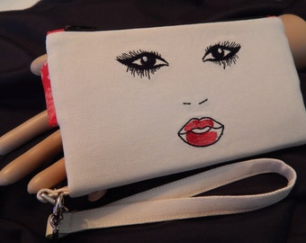CLOSEOUT SALE!!!   Sassy Face/Wristlet Wallet/Clutch/Handmade/Gifts for Her