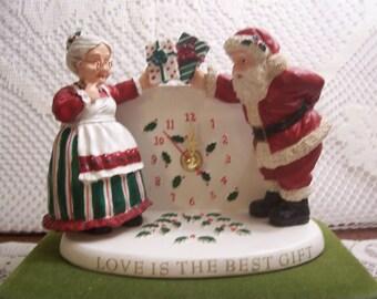 Mr. & Mrs. Santa Christgmas Clock