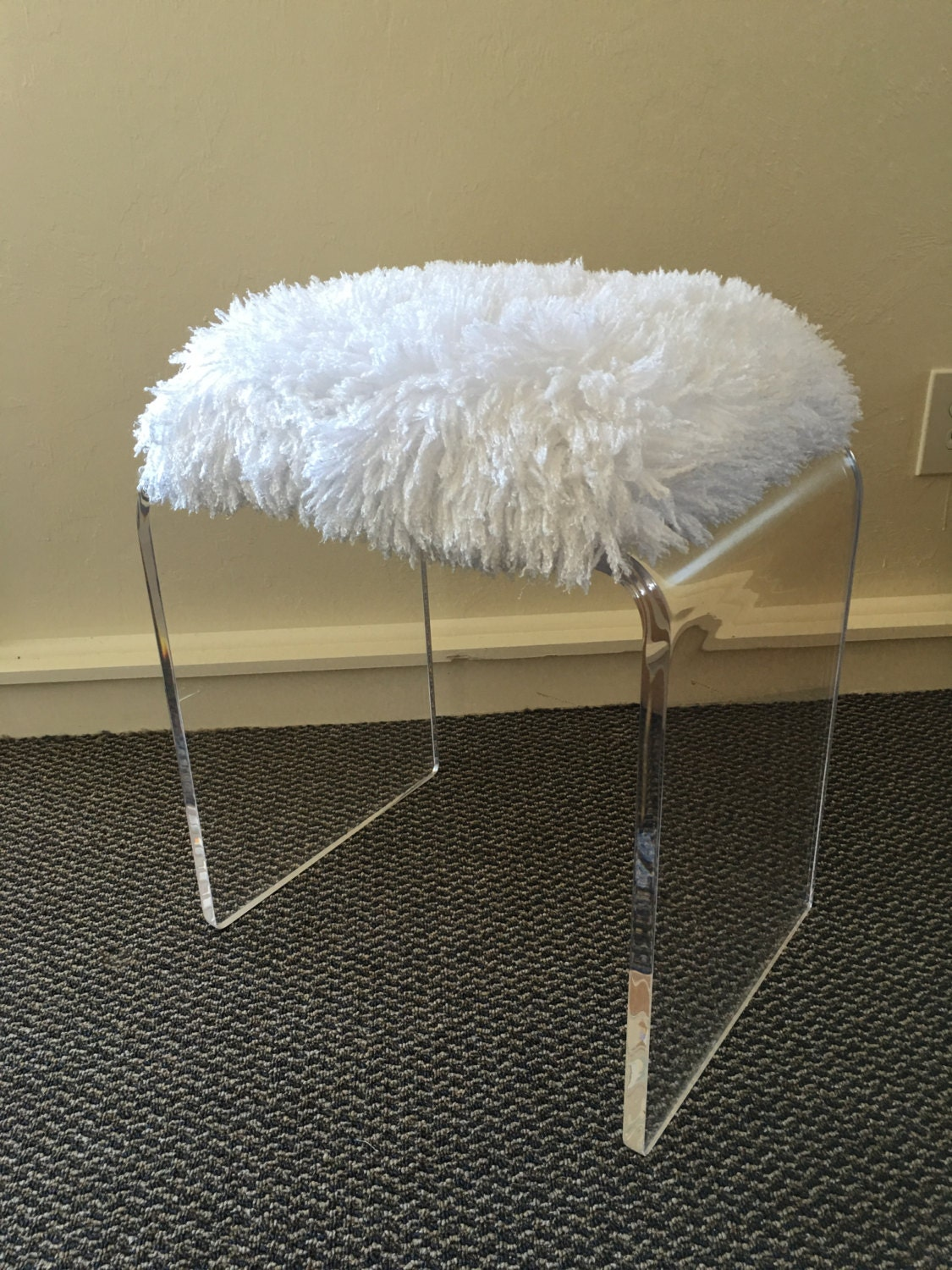Clear acrylic lucite vanity bench with padded faux fur seat - Acrylic vanity chair ...