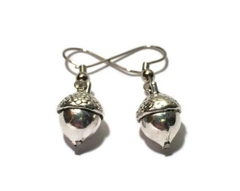 Silver Acorn Earrings | sterling silver acorn earrings, dangle earrings DBKL134, Sharon