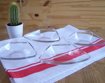 4 Pyrex scallop-shell dishes glass oven dishes appetizer dishes triangular dishes vintage made in France