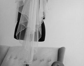 Wedding Veil, Soft Tulle, Chapel Veil, Lace Edge, Ivory/White  Veil, Fingertip length, Hen-party Veil.