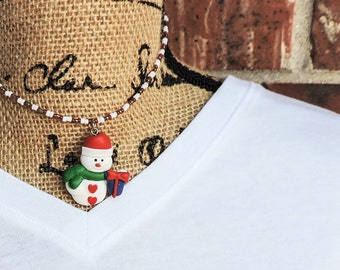 Coming with presents snowman necklace