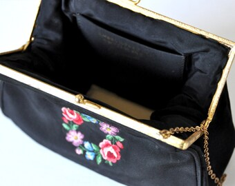 Gorwood embroidered clutch