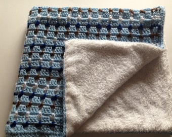 Crochet Baby Blanket, afghan, colcha with colored lines and very soft lined