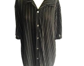 90's Black Sheer Vertical Stripes Shirt