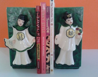 Vintage Asian Vases, Male and Female Figurines, 3D