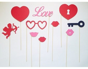 Love photobooth props package