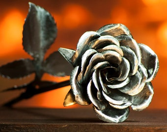 Perfect Handcrafted Steel Rose