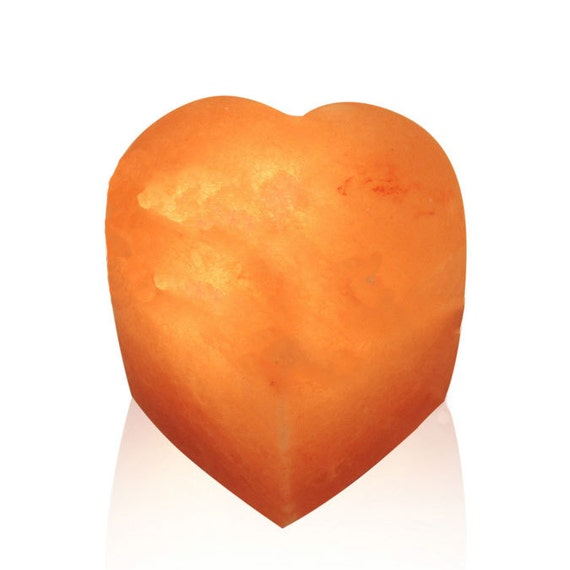 Salt Lamps Overnight : Reiki Charged Seated Heart Himalayan Salt Lamp / Night Light