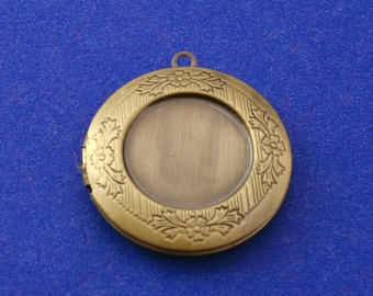 2 pcs- Antiqued Brass Etched Locket, 32mm Brass Locket, 2 Picture Locket, Antique Brass Photo Locket AS-B13239-8S
