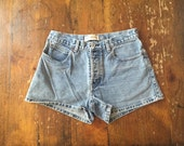 90's GAP High-Waisted Denim Shorts // Size 6