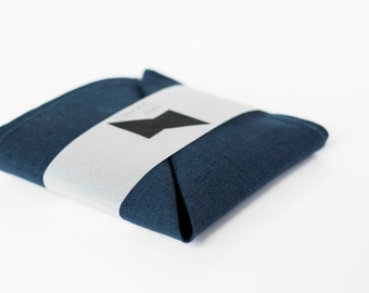Royal blue men pocket square - navy pocket square - fashion trends - gift idea for him accessory
