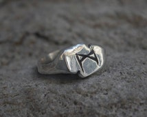 Mannaz Madhr VIKING Rune Ring in Silver