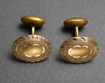 Gold top cuff links