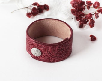 Red Leather Cuff Bracelet for Women Ladies Girls, Hand Painted Tooled Bracelet, Handmade Paisley Bracelet with snap closure, width 1.2 Inch