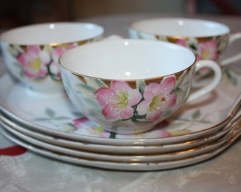 So Pretty Vintage Noritake Azalea #19322 Luncheon Plates (4) and Tea Cups (3)